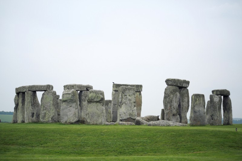 Look! It's the real-actual Stonehenge!